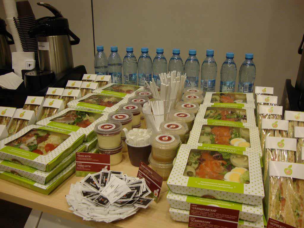 Полный сервис по организации выездного питания: Корпоративные заказы